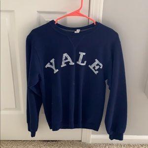 YALE crew neck
